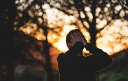 I cinque errori che facciamo quando siamo sopraffatti (e come evitarli)
