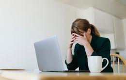 Gestire la paranoia da lavoro a distanza